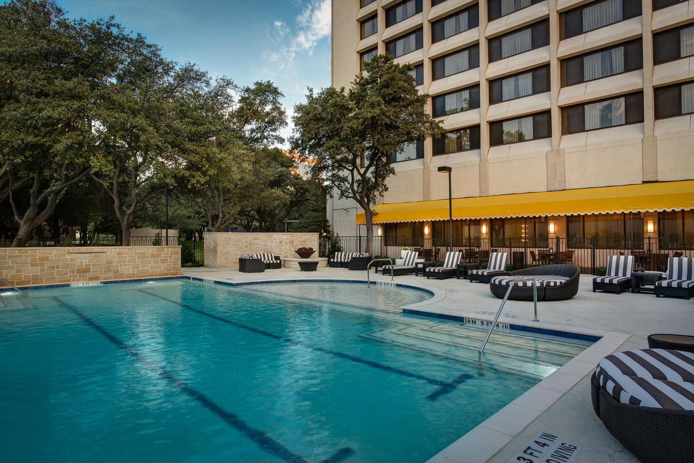 Dallas Addison Marriott Quorum By The Galleria Dallas Tx