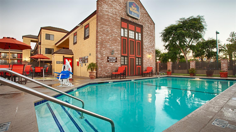 Best Western PLUS Raffles Inn & Suites, Anaheim, CA Jobs ...