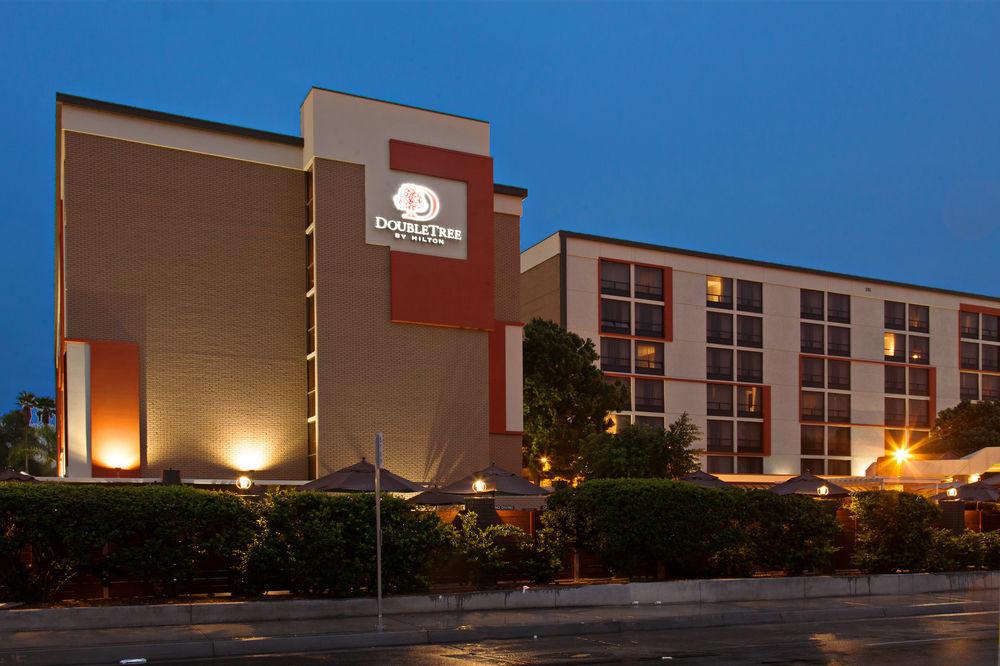 Doubletree By Hilton Hotel San Bernardino 572054 L