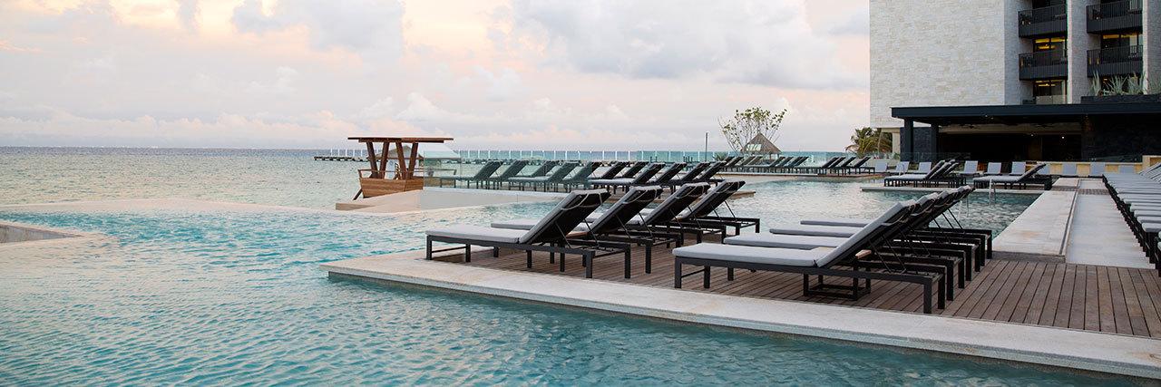Job Quintana North Miami Beach