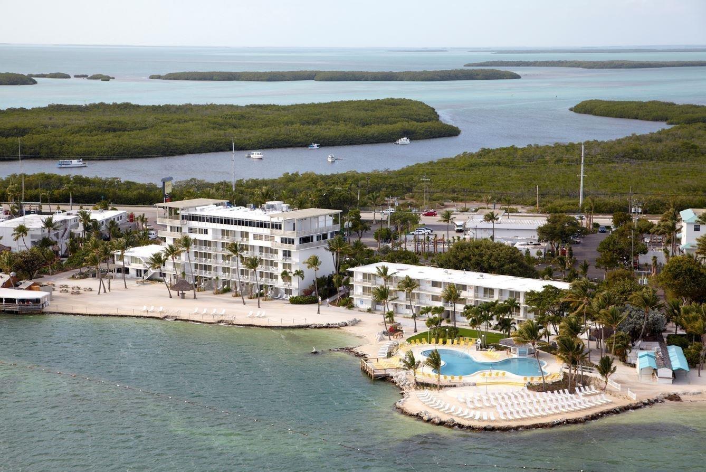 Postcard Inn Beach Resort Marina 710772 L