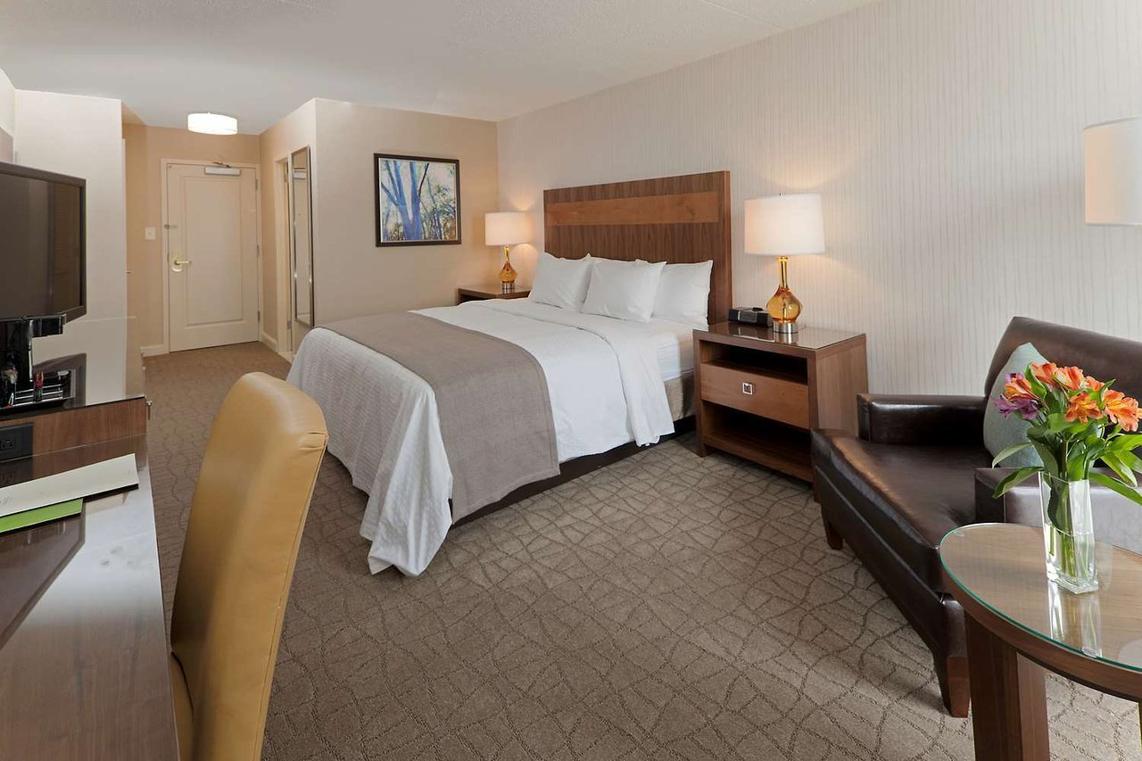 Engineering 1 Job | DoubleTree by Hilton Hotel Pittsburgh - Green