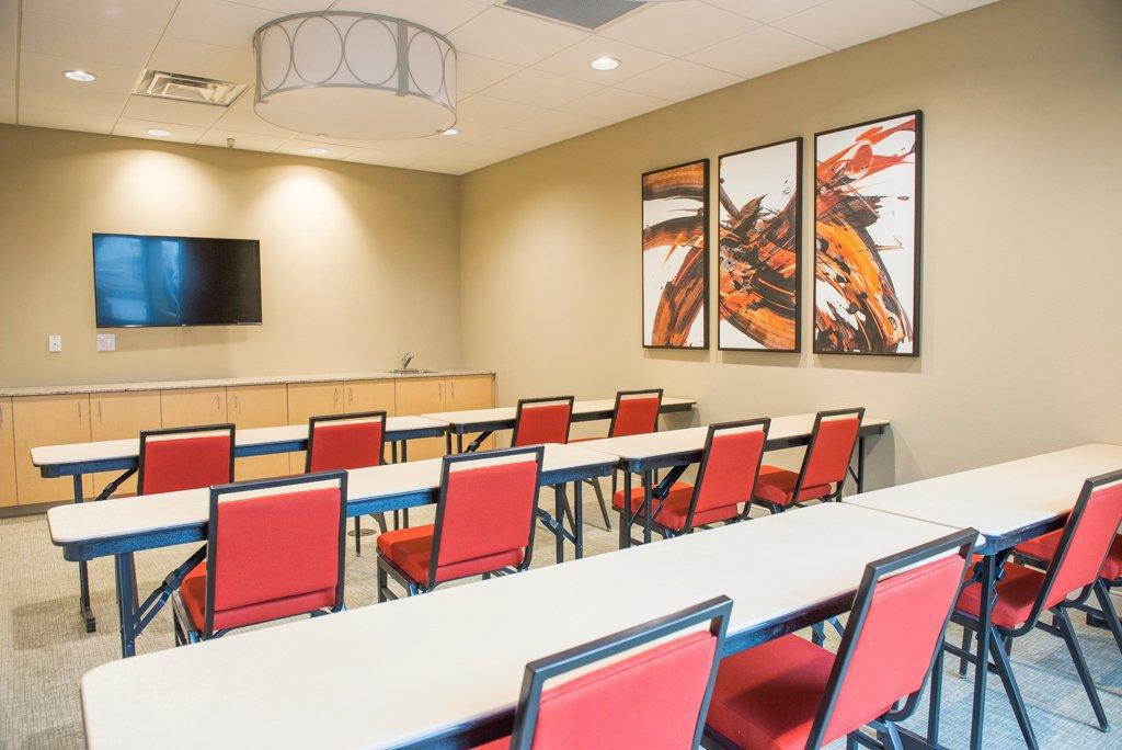 Employer Profile | Hawthorn Suites Fargo | Fargo, ND