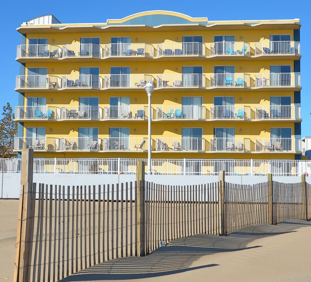 Crystal Beach Oceanfront Hotel 567537 L
