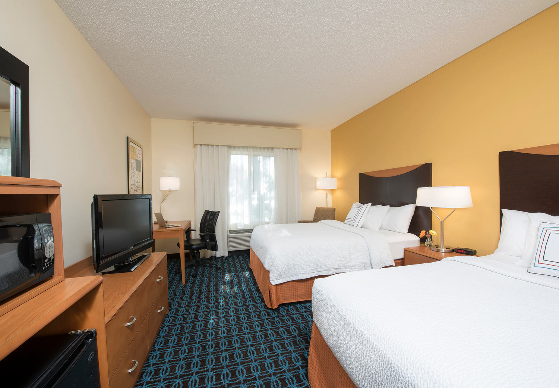 Marriott Fairfield guest rooms, Bloomington Indiana guest rooms