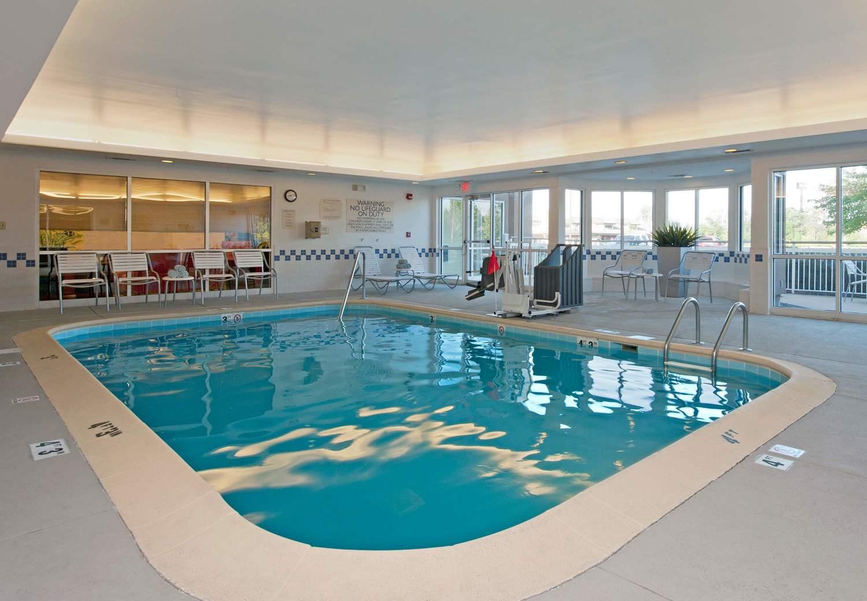 Pool Fairfield Inn Bloomington IN