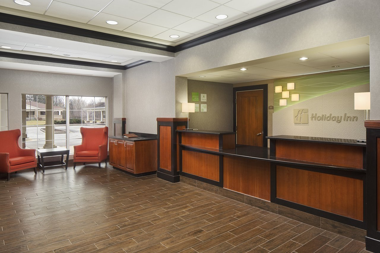 Superb Front Desk Agent Part Time At Holiday Inn Grand Rapids Download Free Architecture Designs Viewormadebymaigaardcom