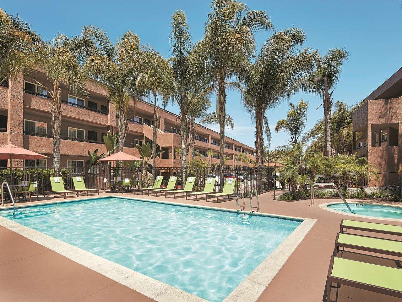 jobs at la quinta inn suites san diego seaworld zoo san. Black Bedroom Furniture Sets. Home Design Ideas